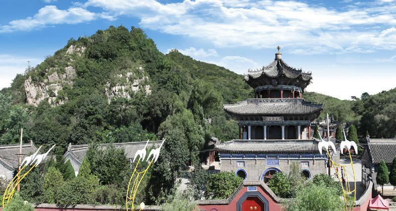 葫芦岛莲花山圣水寺景点图片
