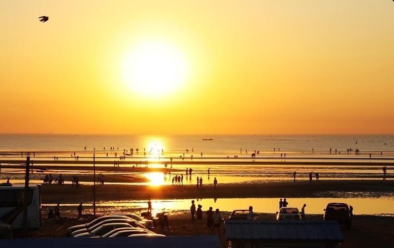 辽宁绥中止锚湾的图片和照片