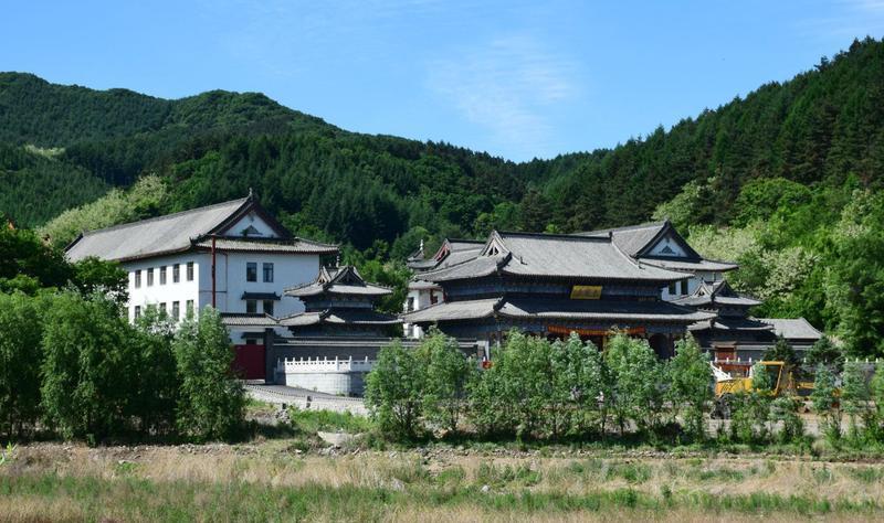 抚顺青龙寺景点图片