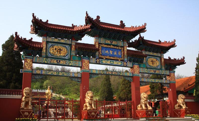 鞍山罗汉圣地旅游风景图片