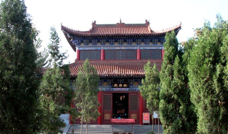 长葛中原大铁佛寺