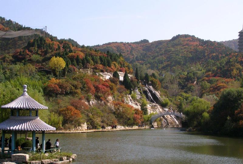 济南红叶谷生态景点图片