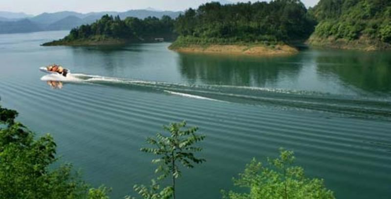 黄山太平湖风