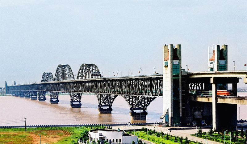九江长江大桥景点图片