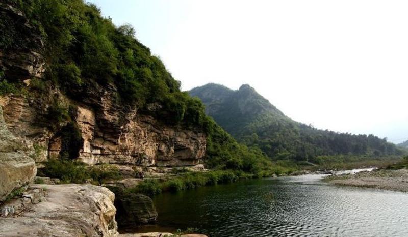 湖北金蟾峡风