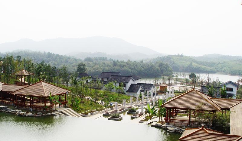 湖北龙佑赤壁温泉度假区