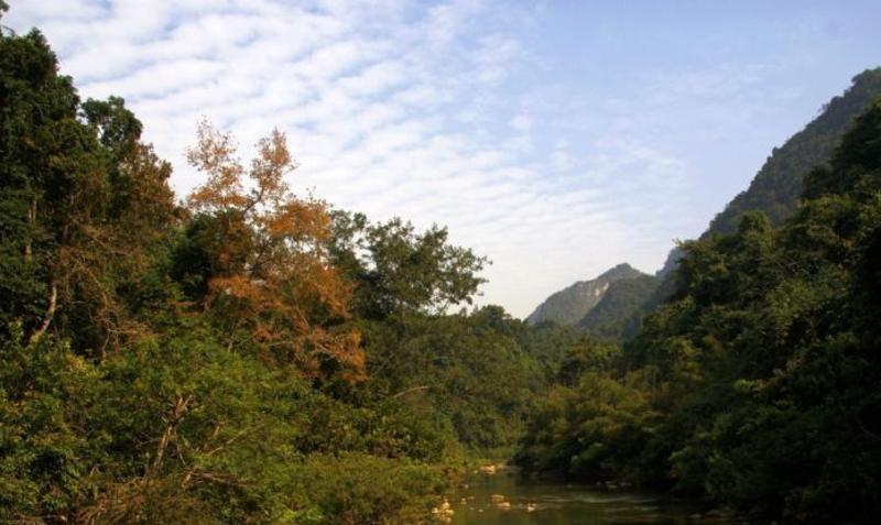 广西龙虎山景点图片