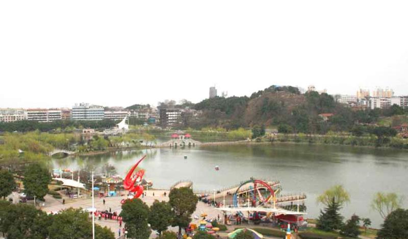 益阳秀峰公园
