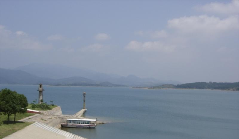 京山天河度假村 之 高关水库