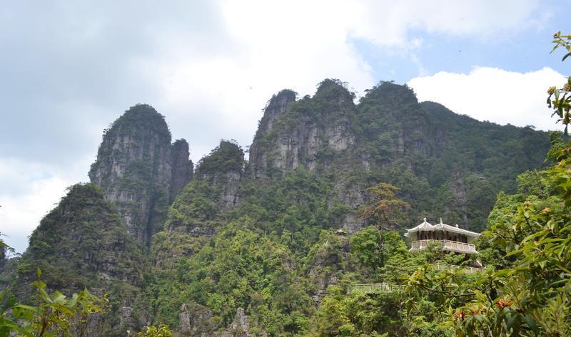 金秀莲花山旅游景点图片