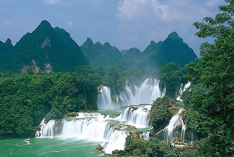广西德天瀑布景点图片