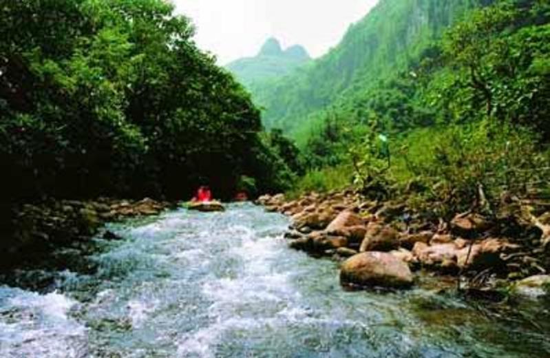 宜州古龙河漂流