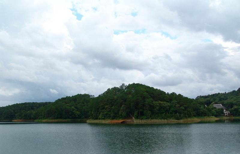 思茅梅子湖公园景点图片