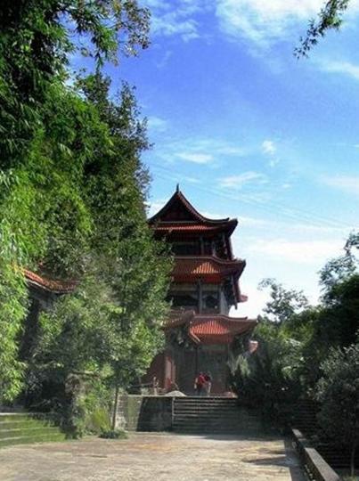南充锦屏山东山园林景点图片