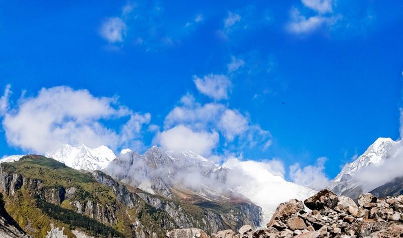 甘孜墨尔多山