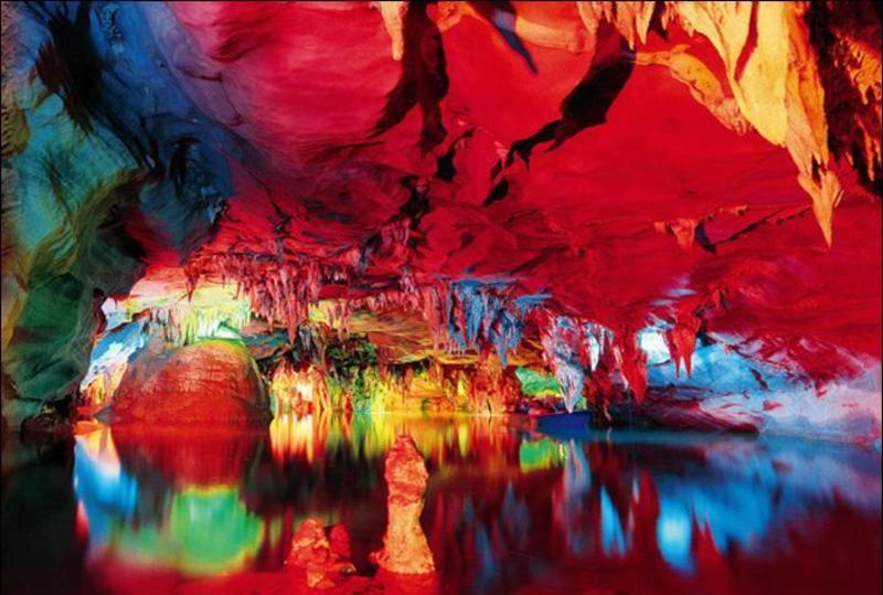 泸西阿庐古洞景点图片