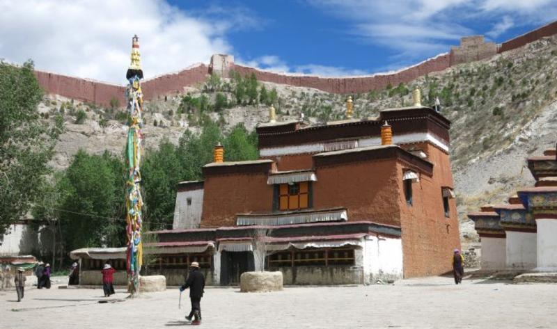 西藏白居寺景点图片