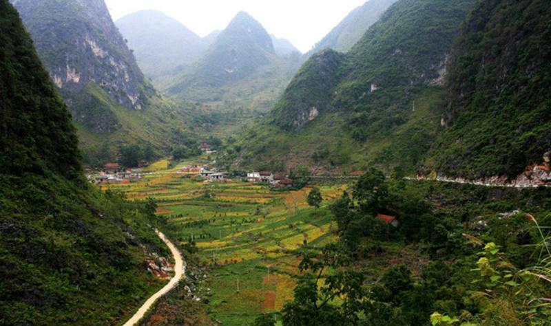 广西七百弄国家地质公园景点图片