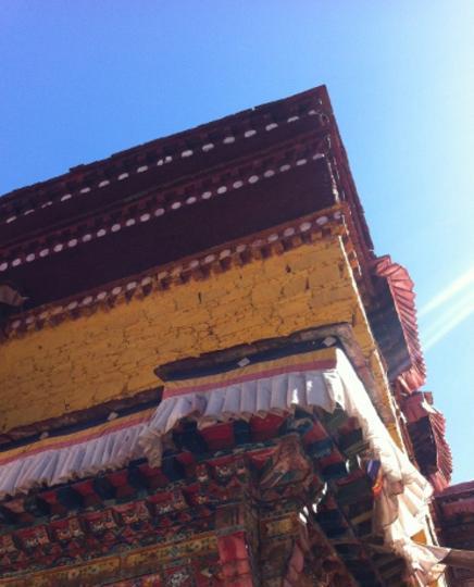 西藏木如寺 之 房檐風景圖片
