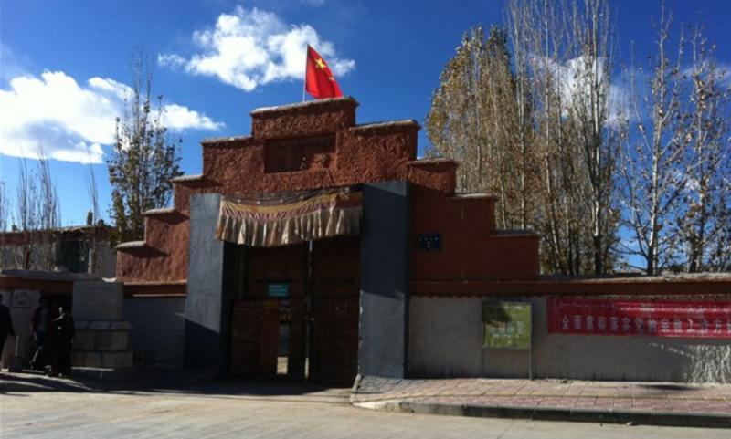 西藏托林寺景点图片