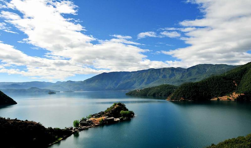 四川泸沽湖景点图片
