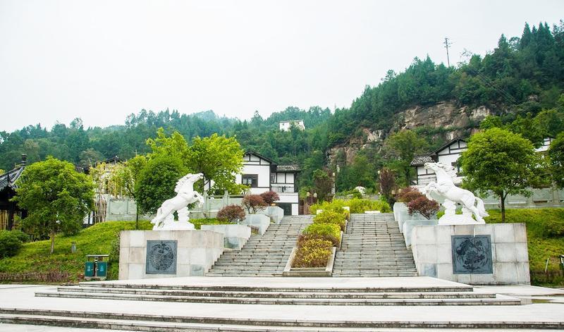平昌驷马水乡旅游区的图片和照片