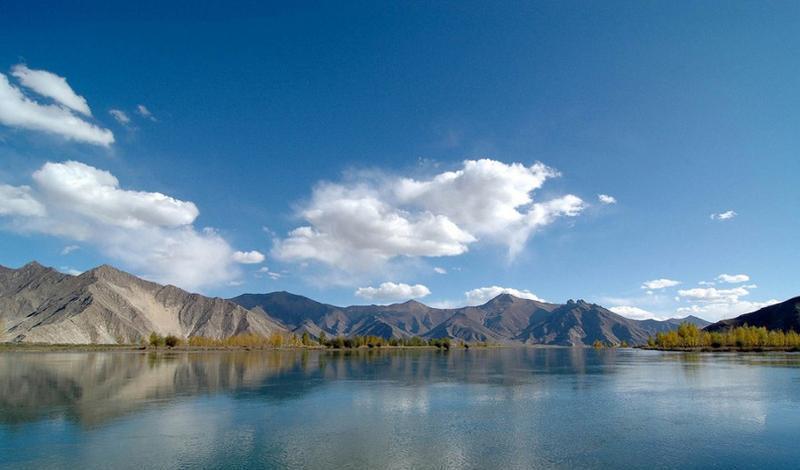 西藏拉萨河景点图片