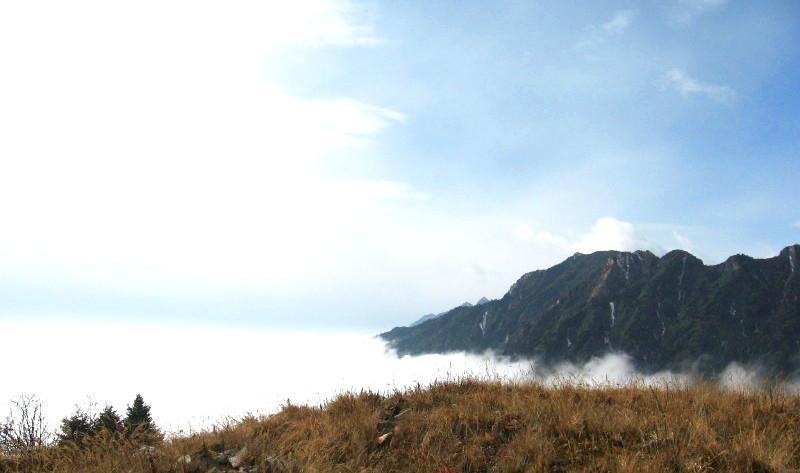什邡蓥华山风景点图片