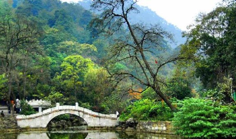 贵阳黔灵公园景点图片