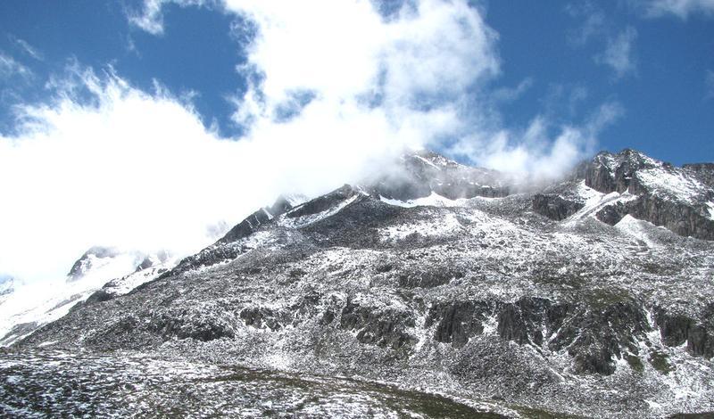 临沧永德大雪山景点图片