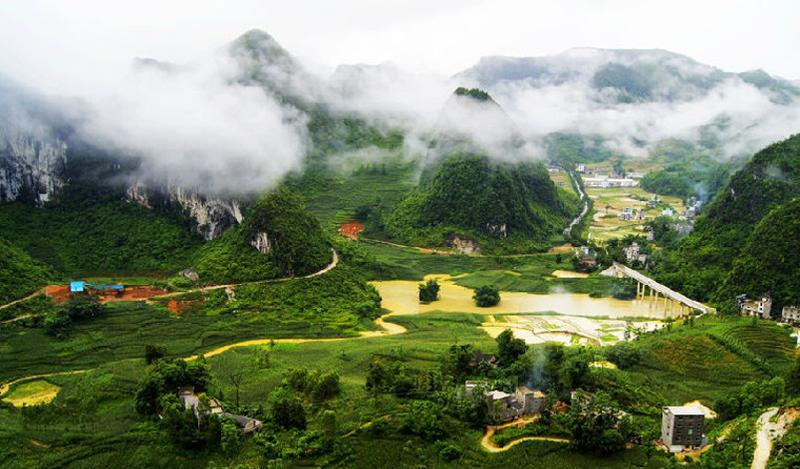 广西凤山岩溶国家地质公园景点图片