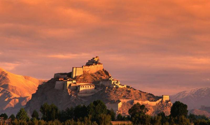 江孜宗山古堡遗址景点图片
