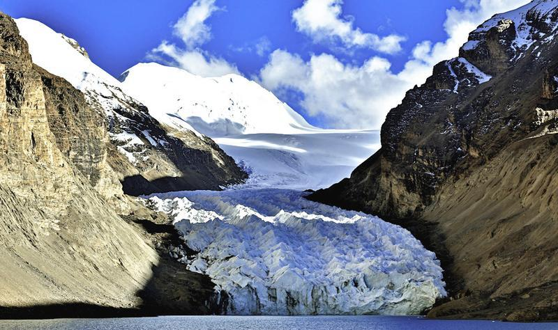 西藏曲登尼玛风景点图片