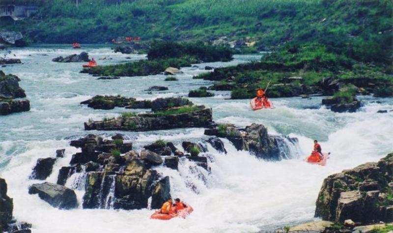 贵定洛北河漂流景点图片