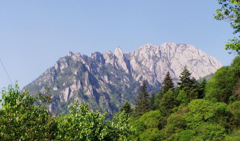 甘肃莲花山国家级自然保护区