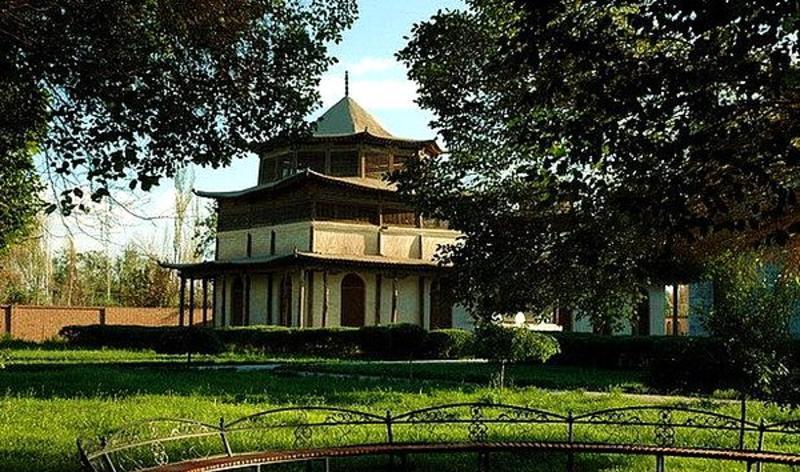 哈密王陵和哈密王府景点图片