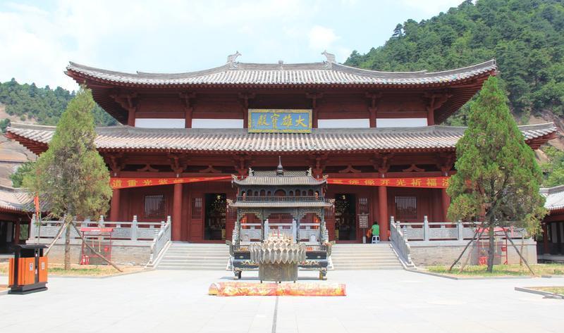 陕西延安黄陵国家森林公园 之 大雄宝殿风景图片