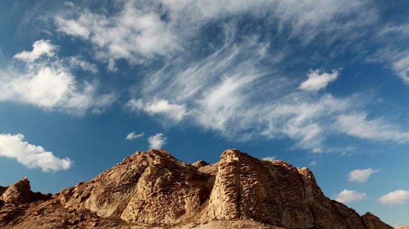 巴里坤怪石山