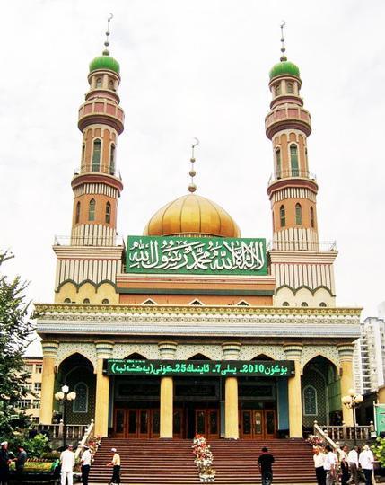 新疆塔塔尔寺景点图片