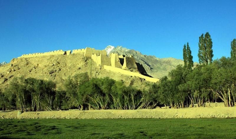 新疆石头城景点图片