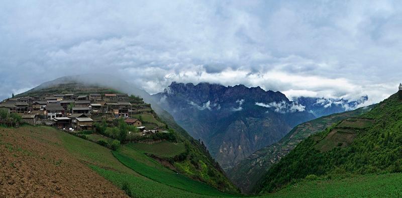 舟曲拉尕山风景点图片