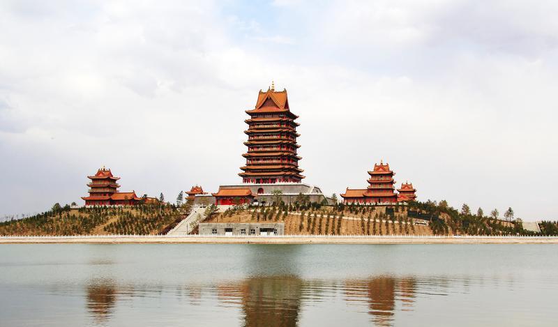 青铜峡中华黄河楼旅游风景图片