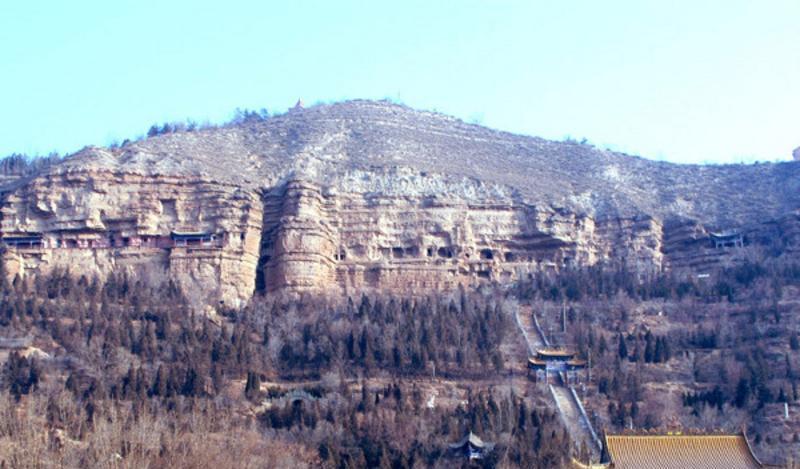 西宁北山土楼观景点图片