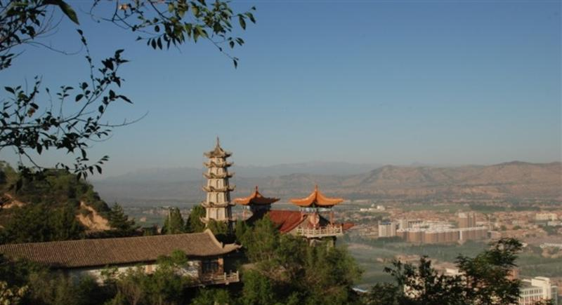 临洮岳麓山森林公园景点图片