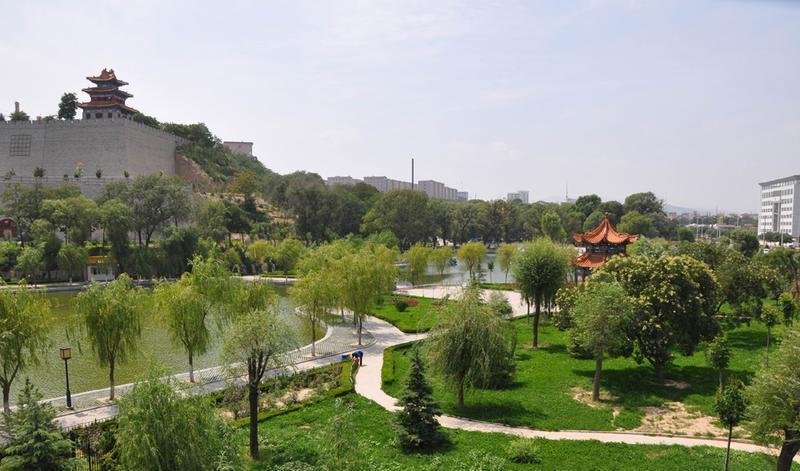 平凉柳湖公园景点图片