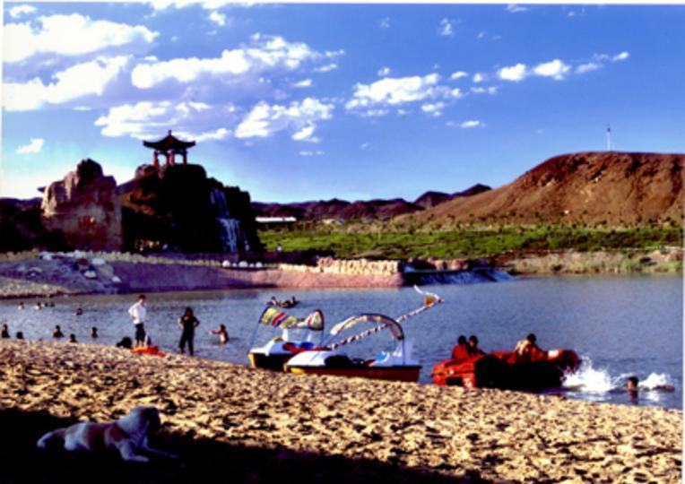 克拉玛依白沙滩景点图片