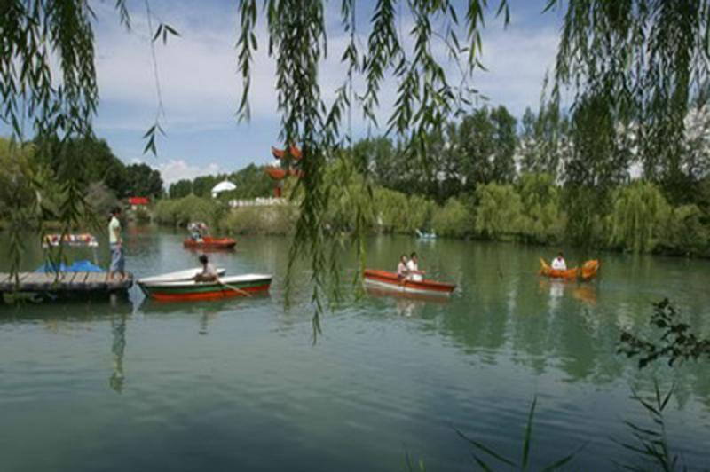博州青歌礼民族度假村景点图片