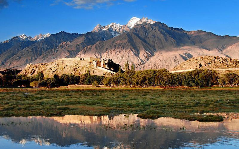 新疆艾比湖景点图片