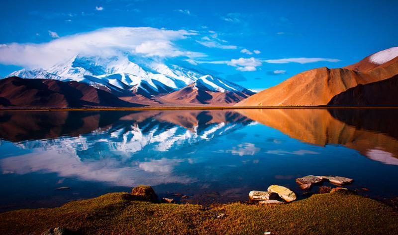 克州喀拉库勒湖景点图片